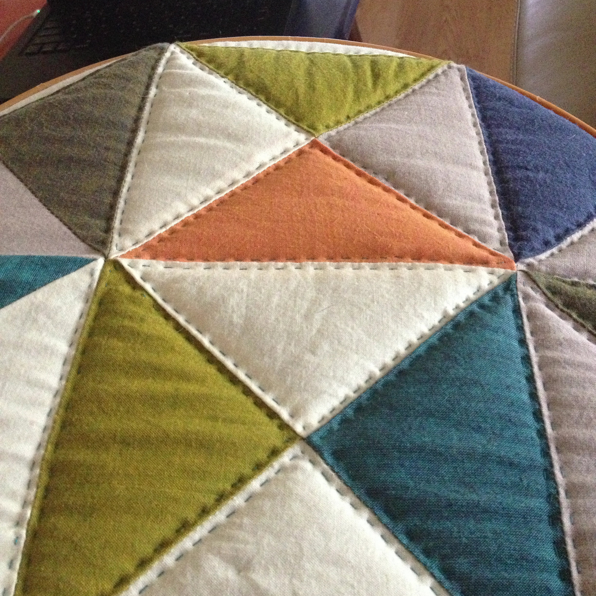 Broken Dishes Quilt: Update on Hand Quilting | Craft Takeover