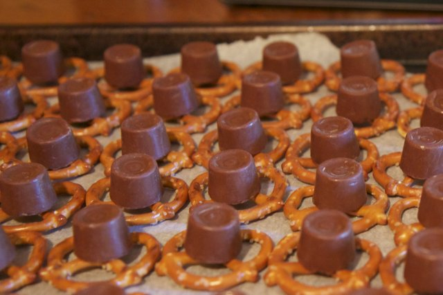 rolos on the pretzels 2