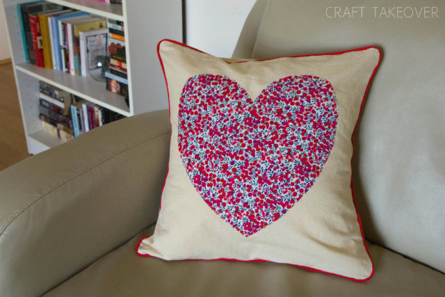 modern heart pillow