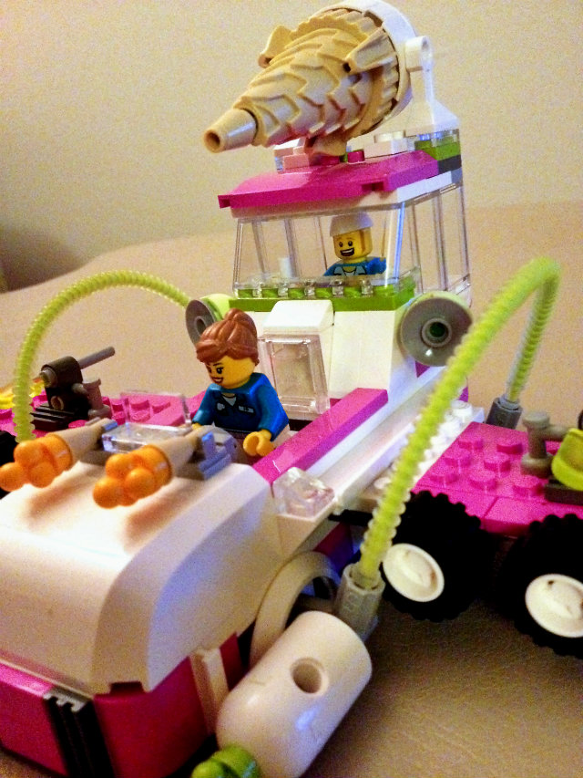 Ice Cream Machine Legos