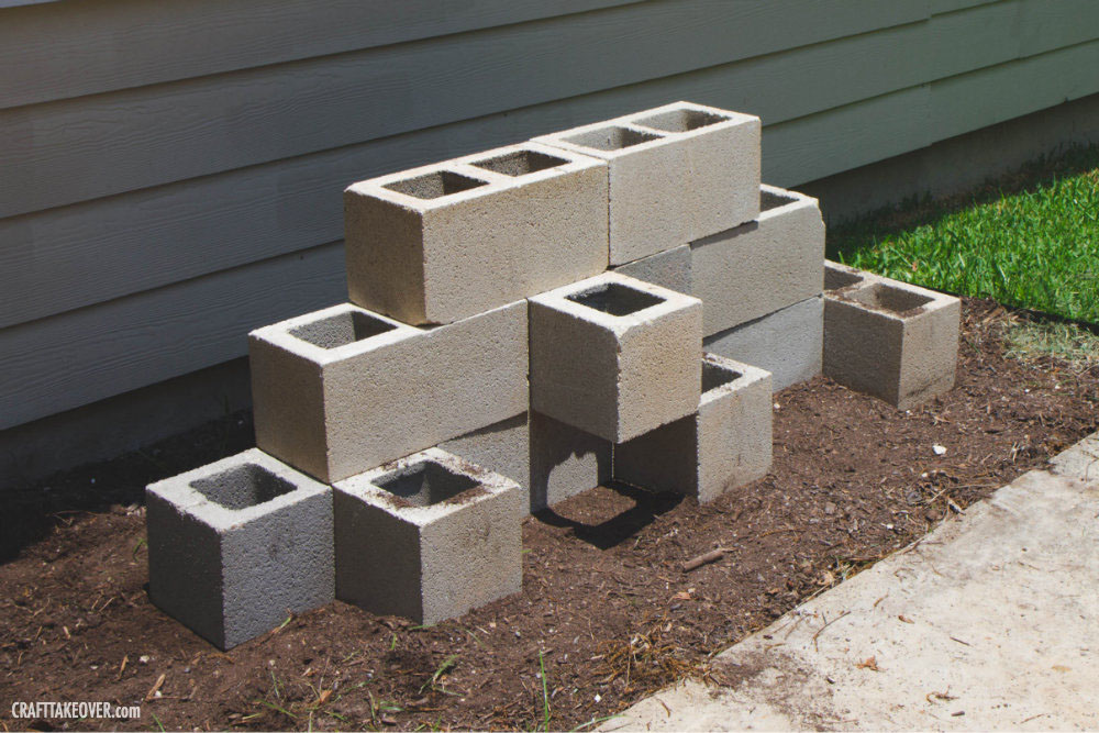 Easy cinder block planter craft takeover - What is cinder block made of ...