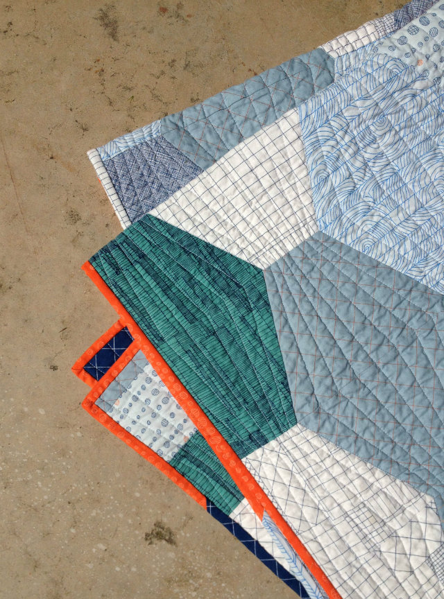 Stretched Hex Number 4 Quilt Binding